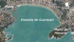 Vista aérea da Enseada de Gurapari