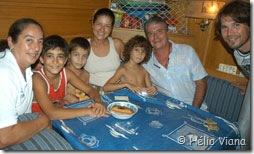 Cyça e Tleco com os filhos no Yemanja Dos - Foto © Hélio Viana