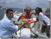 Bernardo recebe o Romina desmastreado - Foto © Hélio Viana
