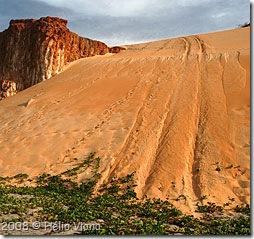 Descida radical na duna - Foto © Hélio Viana