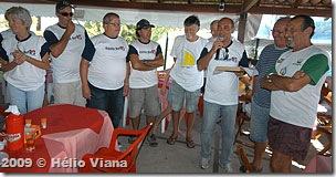Hugo recebe a placa da ABVC - Foto © Hélio Viana