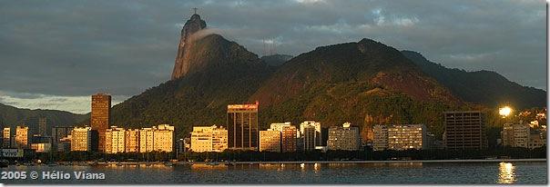 Rio amanhecendo - Foto © Hélio Viana