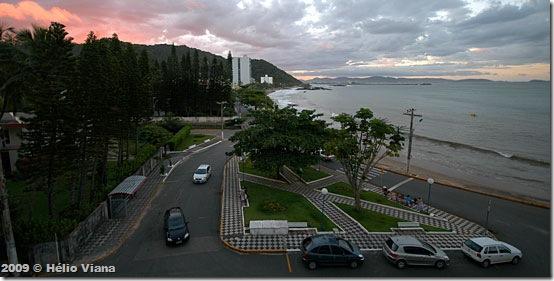 Vista da varanda do hotel na praia de Cabeçudas - Foto © Hélio Viana