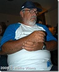 Janjão assistindo os discursos - Foto © Hélio Viana