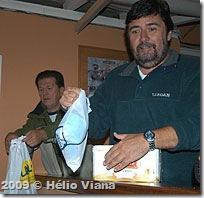 Joao e o brinde que deveria ser meu - Foto © Hélio Viana