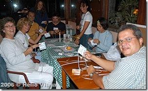 Voluntarios na faina da secretaria - Foto © Hélio Viana