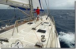 Alexey arruma os cabos depois de um rizo - Foto © Hélio Viana