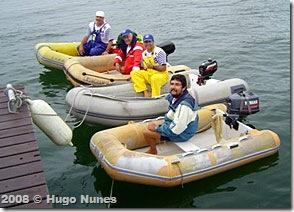 Botes de apoio em Bracuhy - Foto © Hélio Viana
