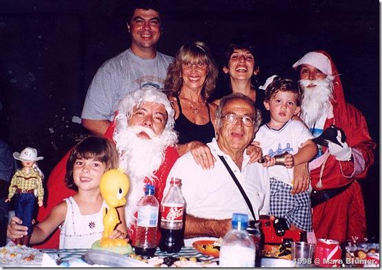 Os Blumers e os dois Papai Noéis no Natal dos Velejadores