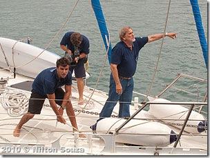 Aleixo, Alexei e Paulo durante a atracação no 2º Distrito Naval