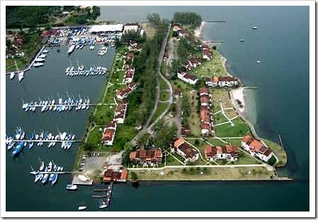 Porto Marina Bracuhy visto de alto