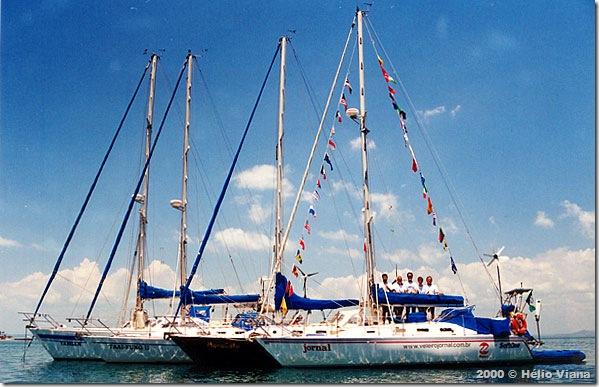 O Jornal com a flotilha Ajuricaba em Salvador