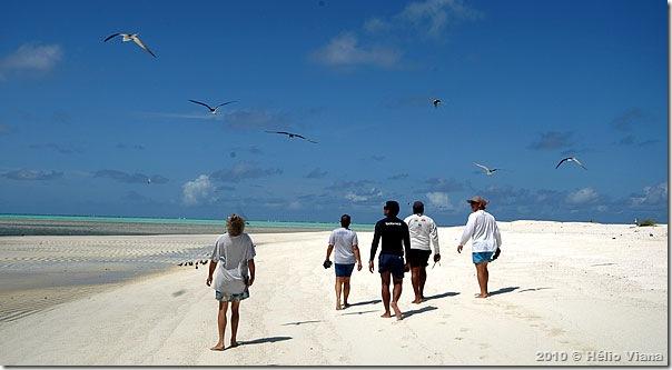 Na praia de fora a areia massageia os pés