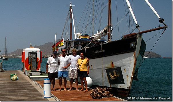 Tripulação na marina de Mindelo