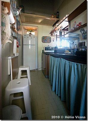 Cozinha do apartamento dos Blumers